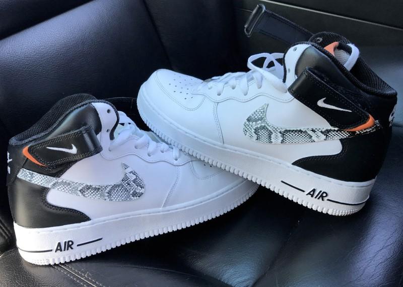 Custom Snake skin Nike Air Force 1 mid Black/White